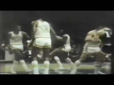 1970-1971 Milwaukee Bucks – Oscar & Kareem (ABC Feature)
