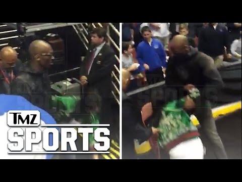 Kobe Bryant- WIFE FALLS HARD | TMZ Sports